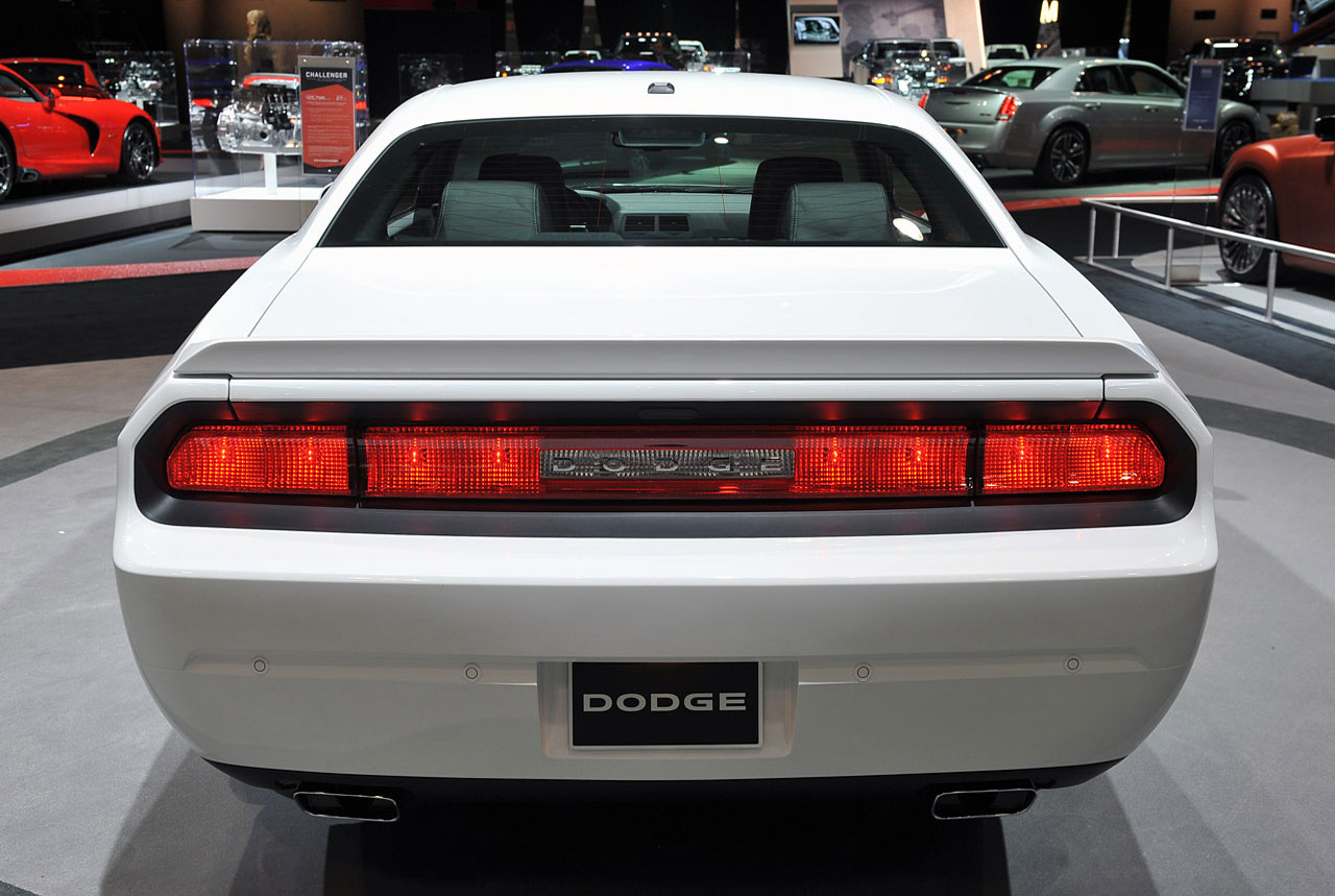 2013 dodge challenger rt hits the redline rear view - 2013 Dodge Challenger Rt Redline