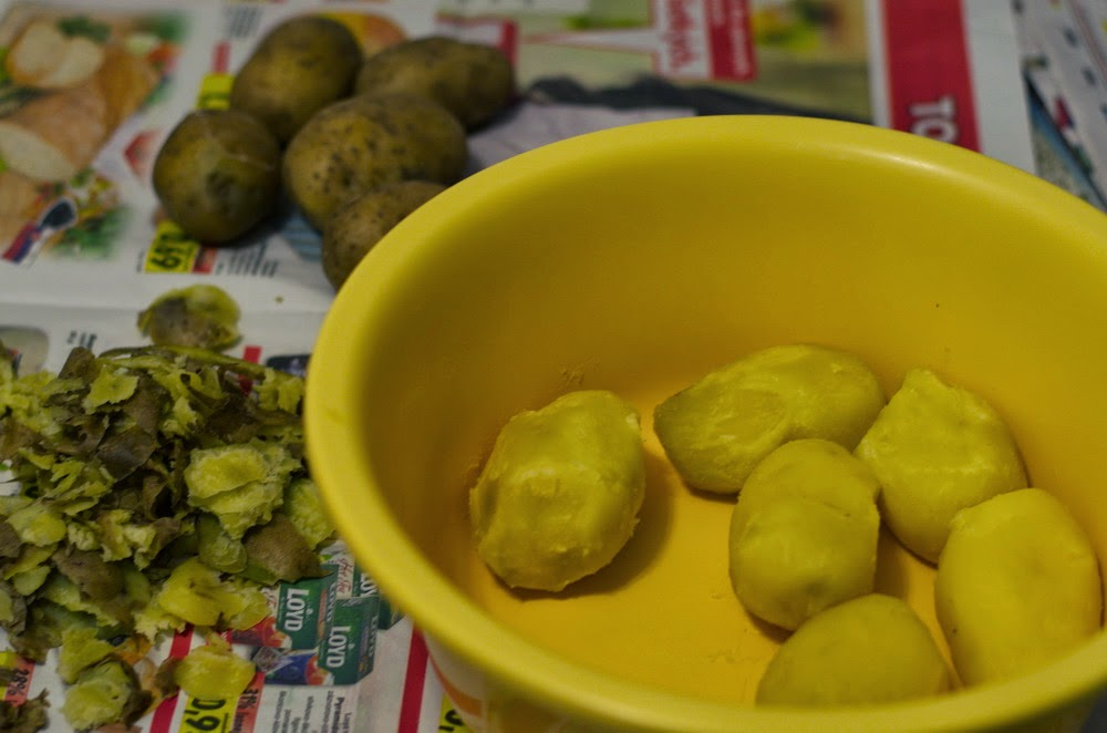 uvarené zemiaky na zemiakové guľky