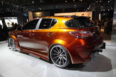 2011-Lexus-CT-200h-Rear-Angle-View-Airbrush