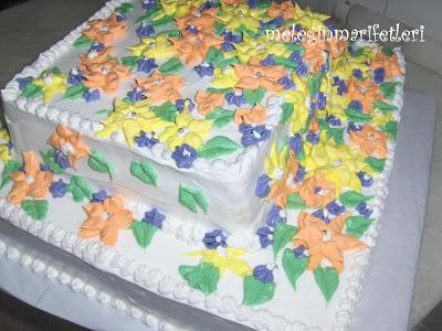 kadınlar günü pastası