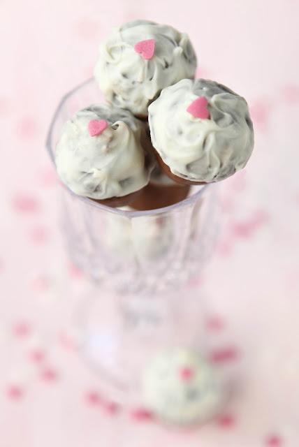 brownie cake balls