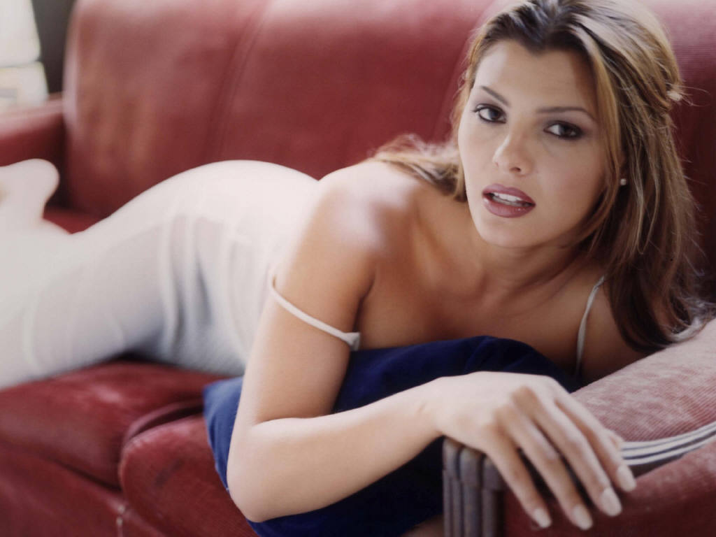 Related pictures famous landry allbright - Ali Landry 1024 X 768 Wallpaper