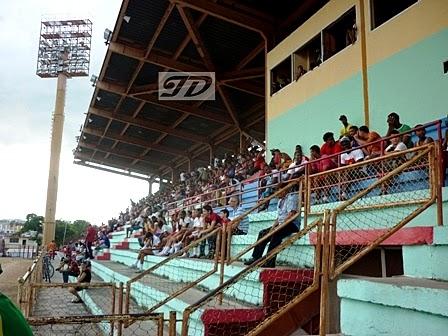 Estadio Antonio Maceo en Santiago de Cuba