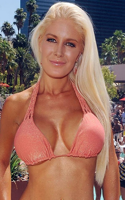 Heidi Montag Big Cleavages Photos