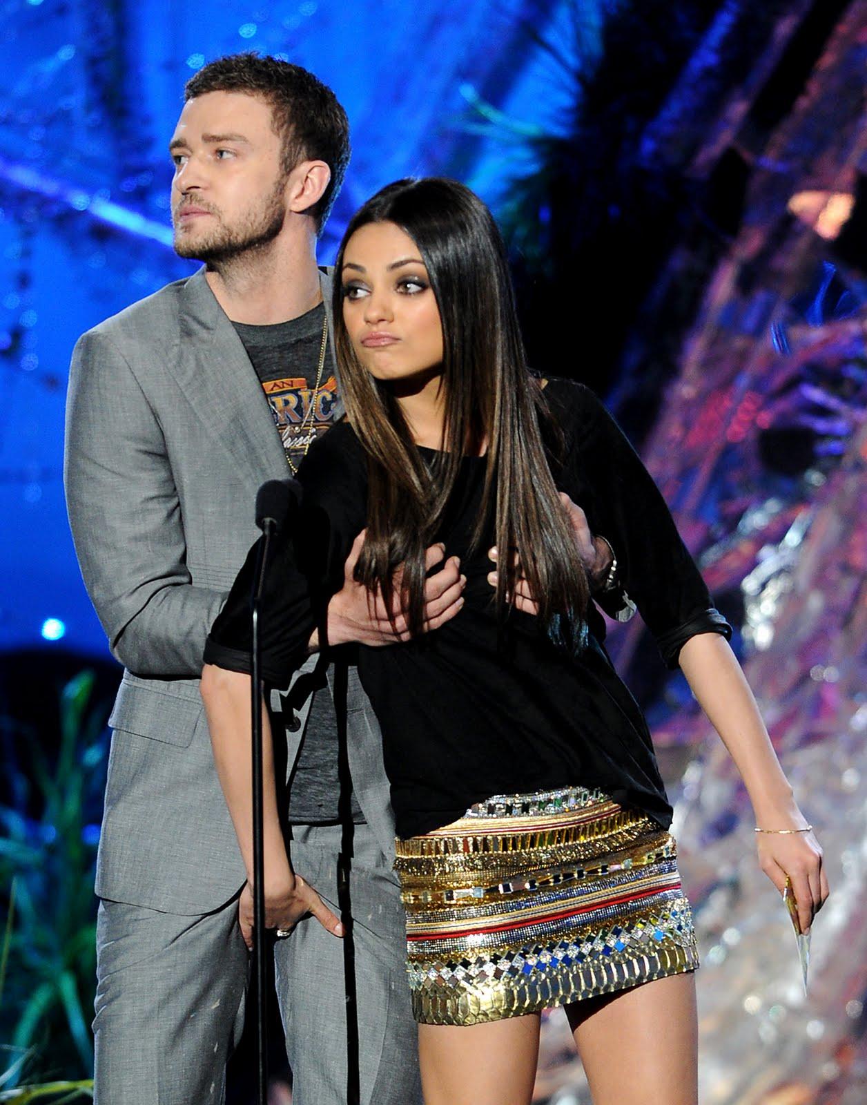 Justin Timberlake y Mila Kunis en la gala de los premios