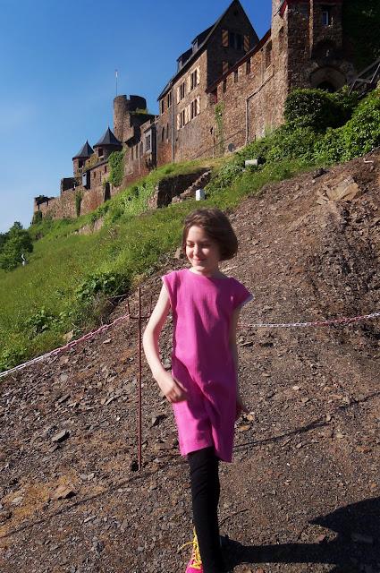 anywhere dress at Burg Thurant