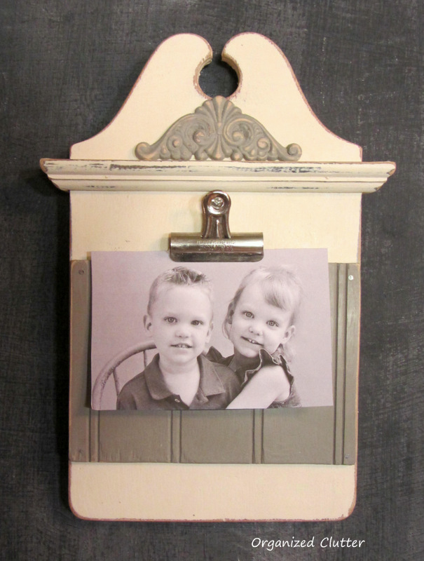 Clipboard Style Photo Holder www.organizedclutterqueen.blogspot.com