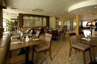 Premier Inn Castleford Dinning Area