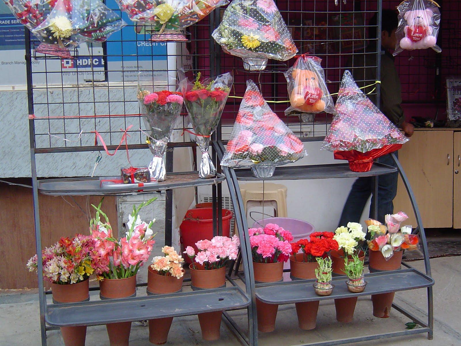 Bangalore Knick Knacks: Bangalore -flower power