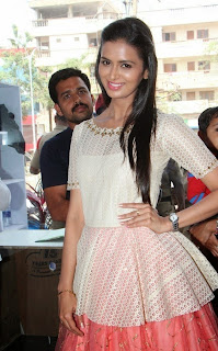 Actress Meenakshi Dixit Latest Pictures at Yes Mart Launch  39.jpg
