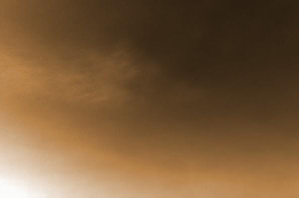 Robot Penjelajah Curiosity Memotret Adanya Awan di Planet Mars