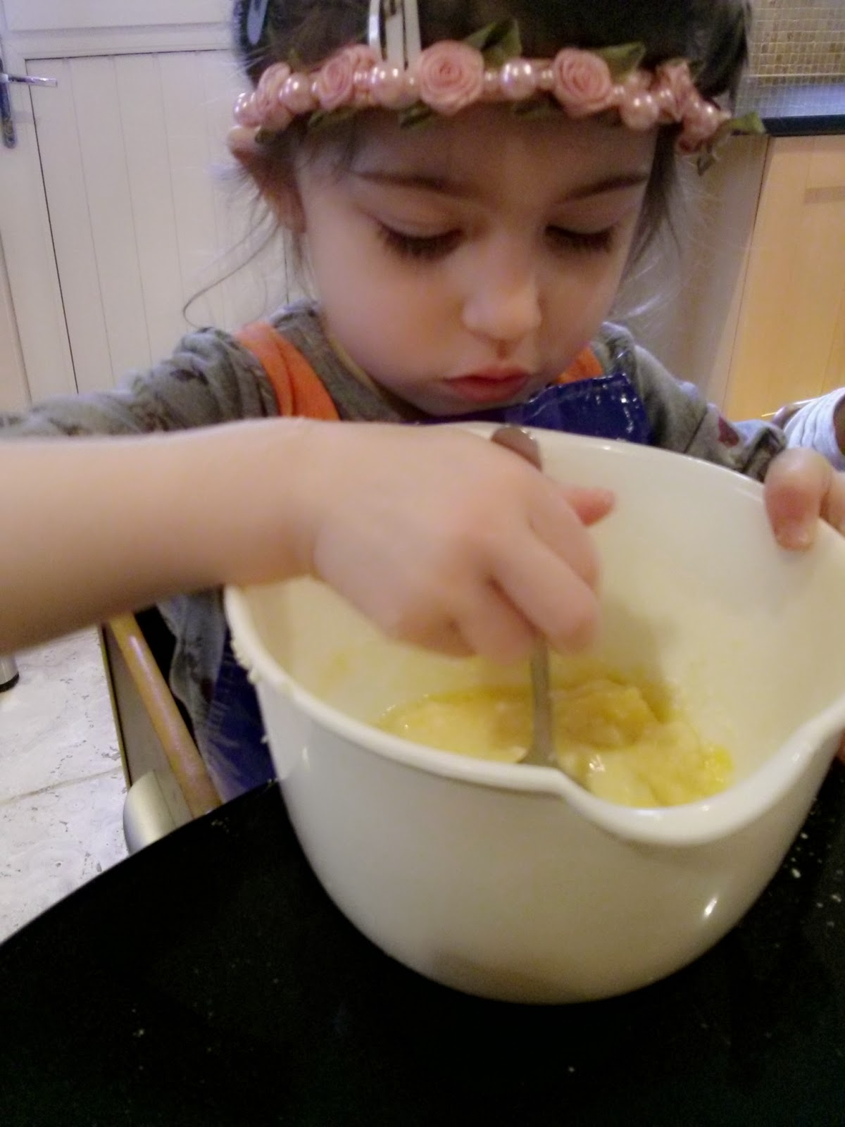 eldest mixing cake