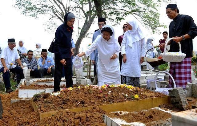 Doktor Wanita Melayu Pertama Meninggal Dunia