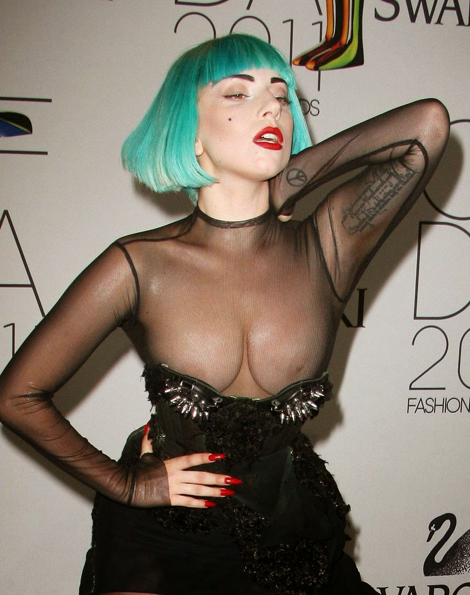 Pictures of lady gaga nipples — photo 3