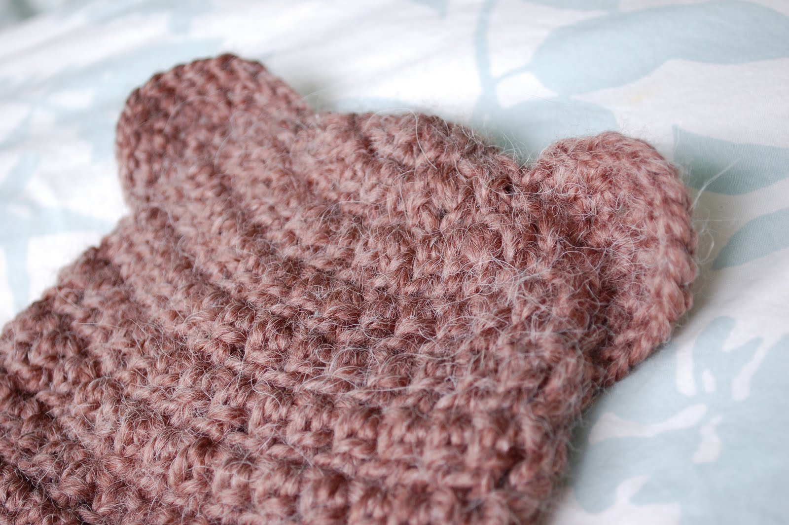 Alli Crafts: Free Pattern: Fuzzy Bear Hat With Ears - 6 months