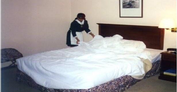 Hoteleria arreglo de la cama de una habitacion de un hotel - Como hacer una cama de hotel ...