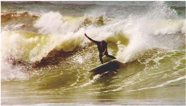 Intentio surf film Loïc Wirth Marco Giorgi, Cristian Muller, Gabriel Medina, Craig Anderson, Fernando Moura, Jean da Silva, Jeronimo Vargas, Gabriel Muller, Ricardo Santos, Ian Gouveia et Chippa Wilson