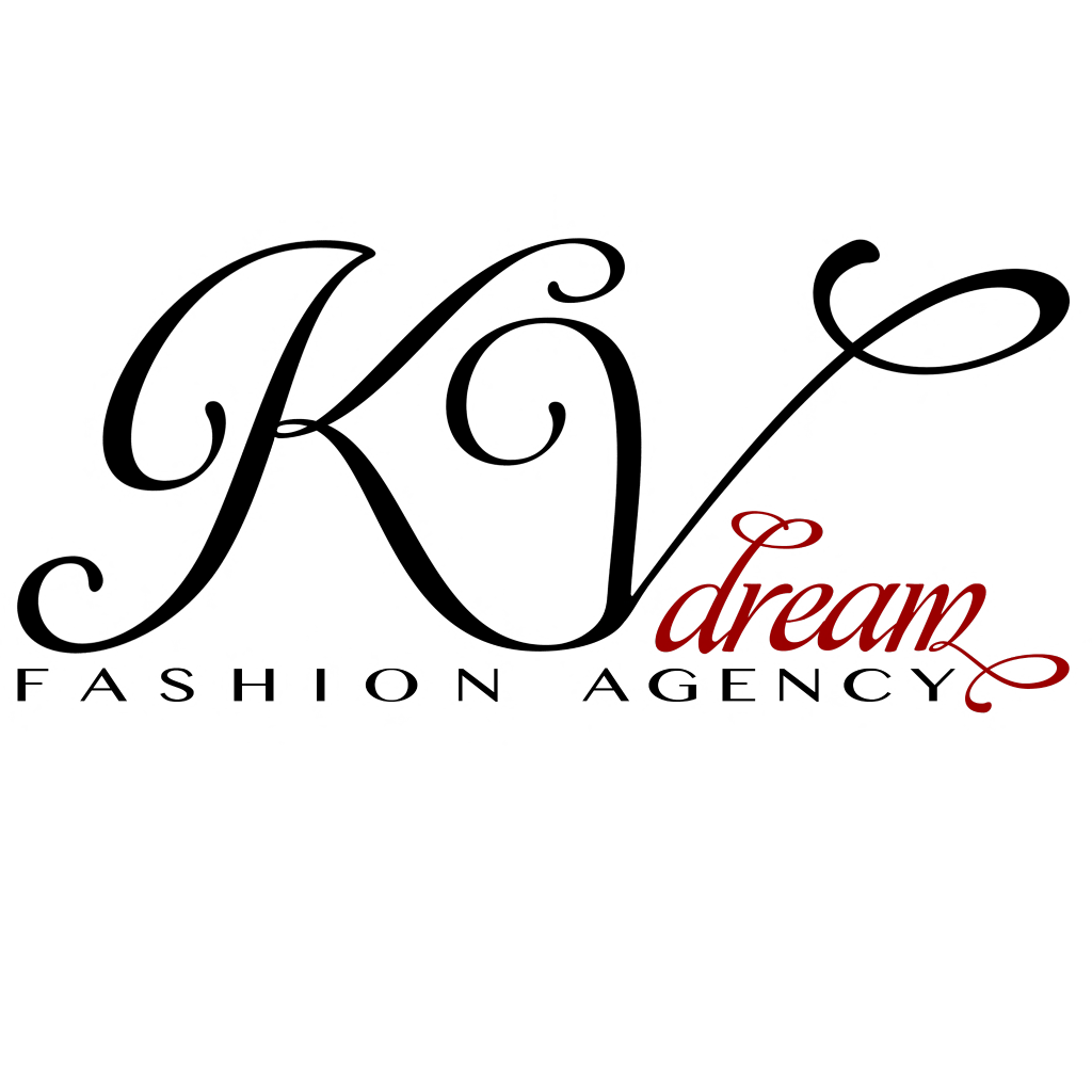 Blogger KV Dream Fashion Agency