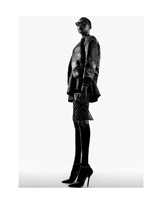 Hot Shoot | Ajak Deng pour V Spain