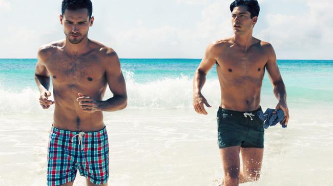 Xuống biển cùng các chàng trai