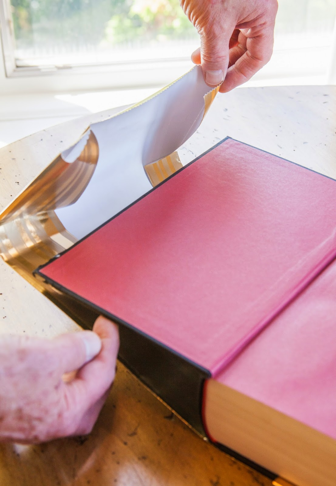 How to wrap your books, DIY