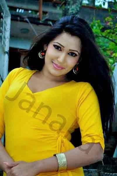 Ashiya Dassanayake sexy