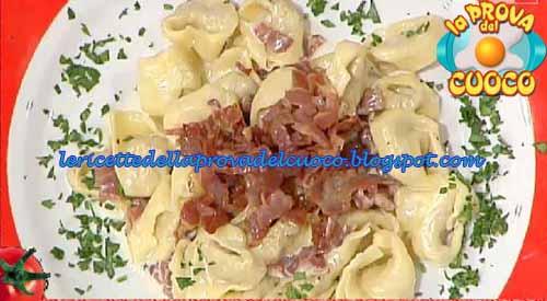 Cappelletti della tradizione alla panna e prosciutto ricetta Cristian Bertol