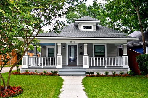 http://www.huffingtonpost.com/2014/02/18/home-exterior-makeovers_n_4810086.html?utm_hp_ref=huffpost-home&ir=HuffPost%20Home?utm_hp_ref=huffpost-home&ir=HuffPost%20Home