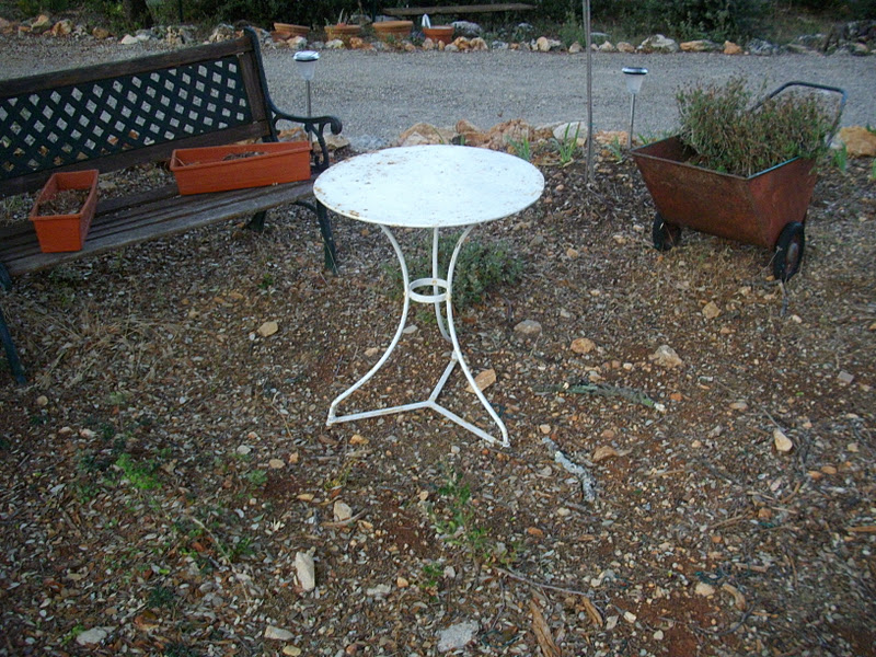 Ancien petit gu ridon table salon de jardin en fer forg for Petit salon de jardin en fer forge