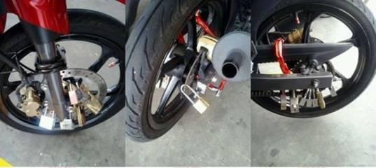 Takut maling motor kunci 15 gembok biar aman