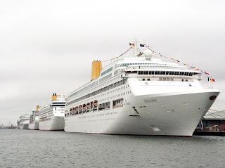PandO Cruises - Adonia, Arcadia, Aurora, Azura, Oceana, Oriana, and Ventura Rendezous in Southampton