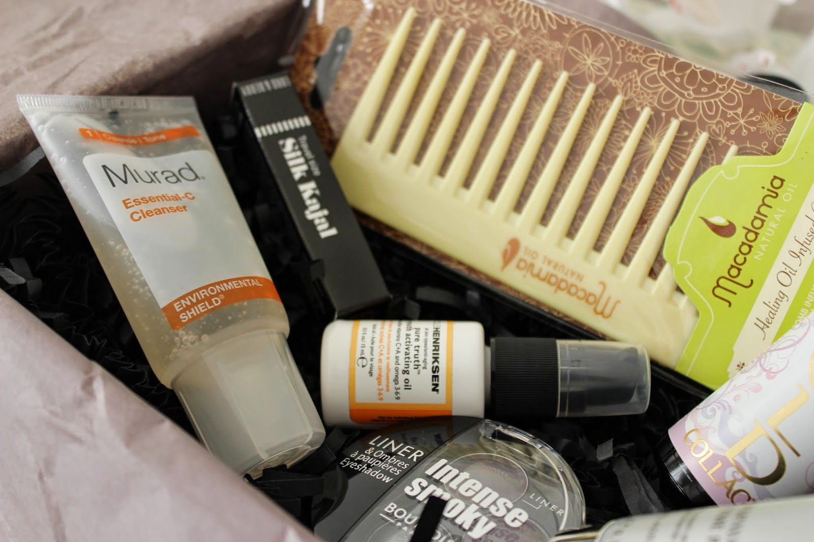 Look-fantastic-December-beauty-box