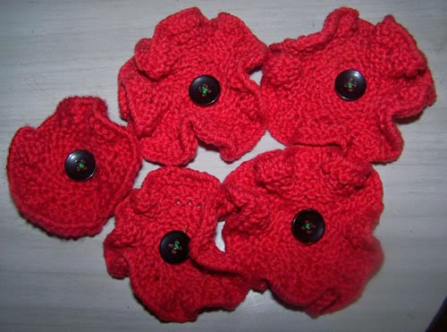 Knitting Pattern For Anzac Poppies : Exploring Military History: 5000 Poppies