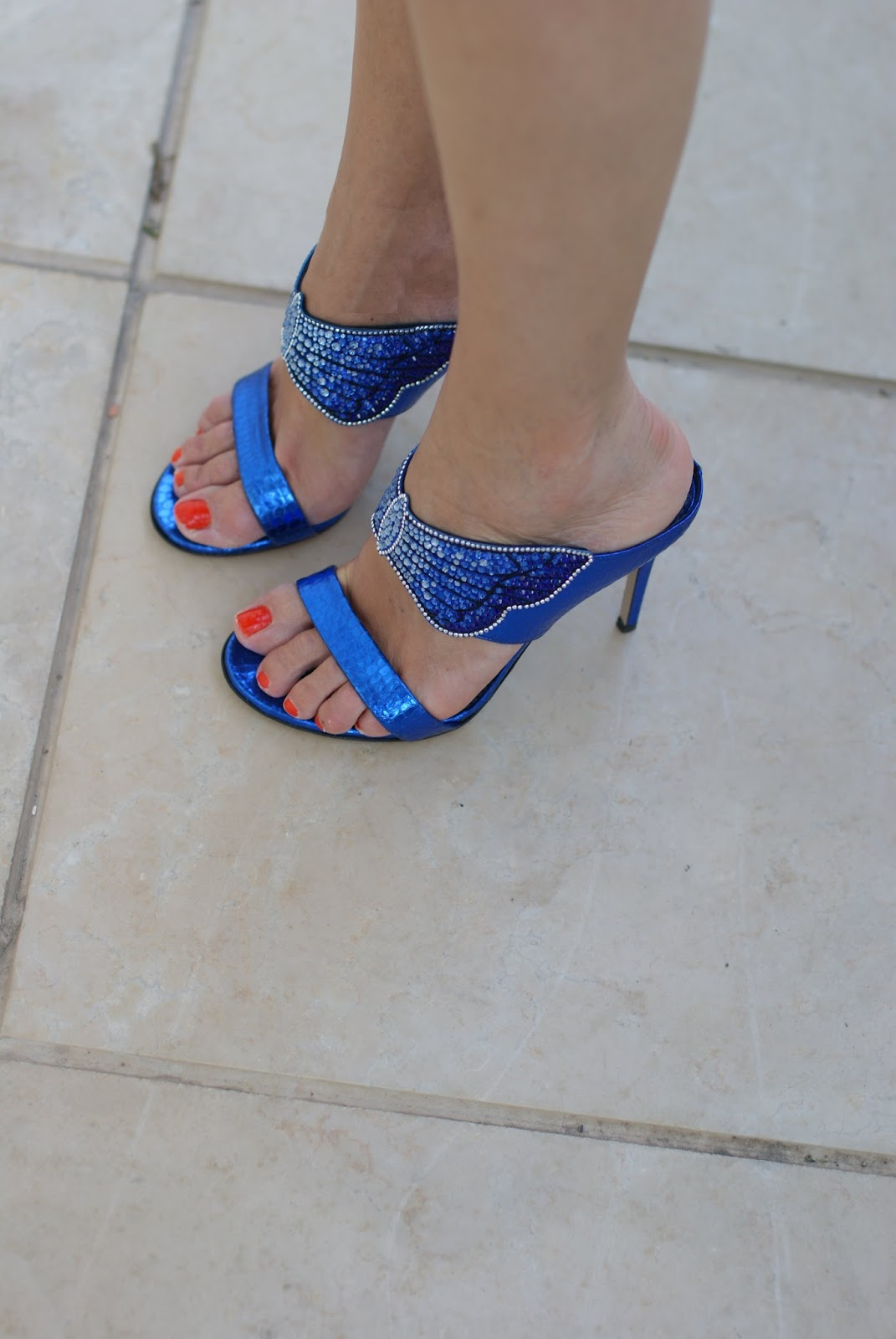 Le Silla blu crystal butterfly sandals on Fashion and Cookies fashion blog