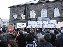 Icelandic, Some of the 6000 protesters in front of the Alþingishús, seat of the Icelandic parliament, on 15 November 2008