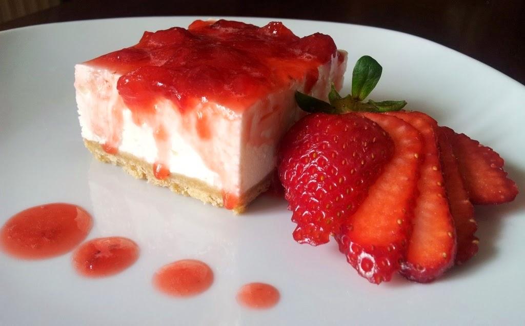 cheesecake-fredda-alle-fragole-e-philadelphia