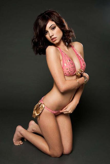 Gabby Jeanne in underwear