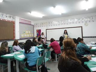 Educação oferece de oficina de Matemática para professores da EJA e monitores do programa Mais Educação