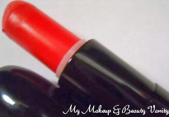 MAC Marilyn Monroe Collection scarlet ibis Lipstick Review, Swatches+lipstick review+ Marilyn Monroe Collection + Marilyn Monroe Collection lipsticks+matte orange lipstick