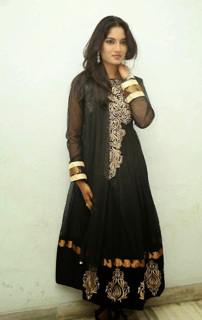 Keerthi Stills At Paakashala First Look Launch