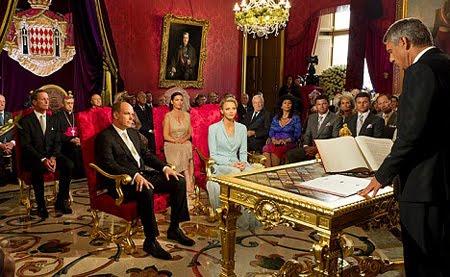 Албер и Шарлийн сключиха брак в тронната зала на двореца в Монако