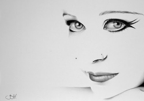 15-Anneke-van-Giersbergen-Ileana-Hunter-Recognise-Portrait-Drawings-Detail-www-designstack-co
