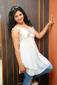 Shweta glam photos stills-thumbnail-7