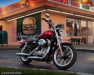 Harley-Davidson-Sportster_SuperLow_XL883L