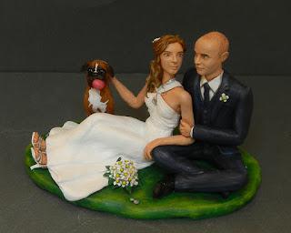 cake tops top cake sposi romantici seduti con cagnolino boxer orme magiche