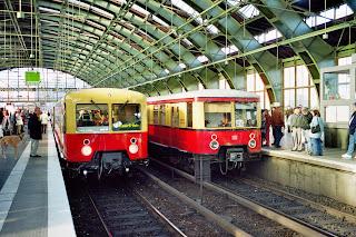 S-Bahn: Auf dem Abstellgleis Panorama-S-Bahn würde zwei Millionen Euro kosten, aus BERLINER WOCHE