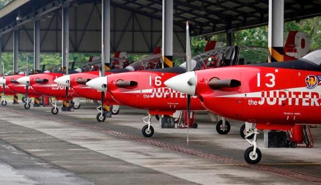 [FOTO] KRONOLOGIS PENYEBAB PESAWAT TNI AU TABRAKAN DI UDARA TNI AU