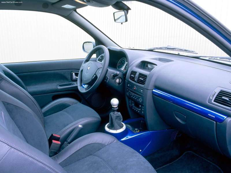 the petrol stop renault clio v6. Black Bedroom Furniture Sets. Home Design Ideas