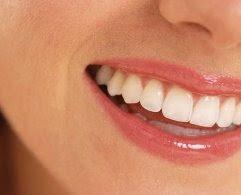 Tips cara memutihkan gigi obat tradisional agar gigi kuat dan putih