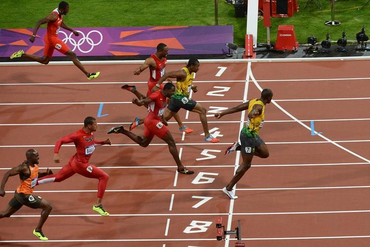 Usain Bolt 100 Metreyi 10 Saniyede Koşma Oyunu